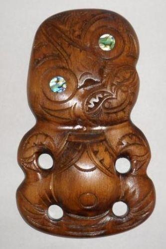 M05048 - Maori Hand-Carved Medium Tiki