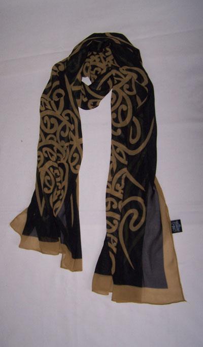 M03101 - Shawl Black Gold Wairua