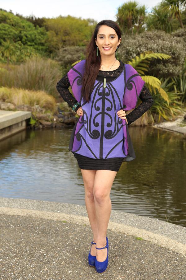 M03126 - Tunic Top Purple - Koru design