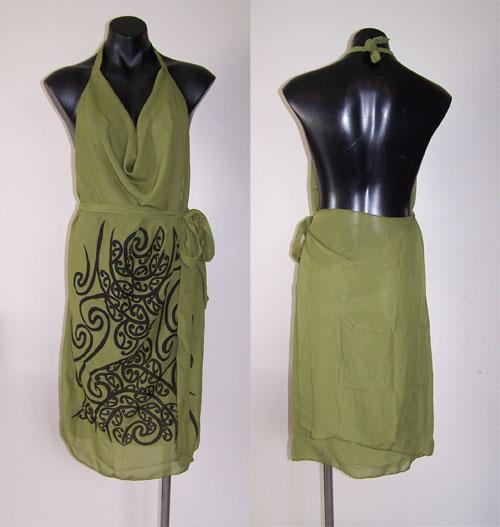 M03156 - Revolutionary Apron Wrap Olive Green - Wairua pattern