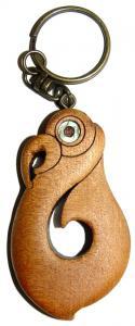 M09018 - Keychain Carved Matau