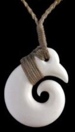 M01589 - Bone Carving Pierce Brosnan Koru
